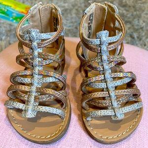 Gladiator metallic sandals for toddler girl